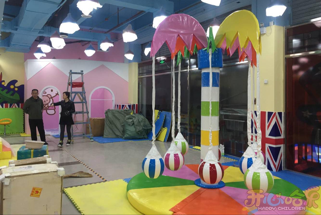 小型室內兒童樂園加盟要多少錢?加盟小型兒童游樂園投資預算分析
